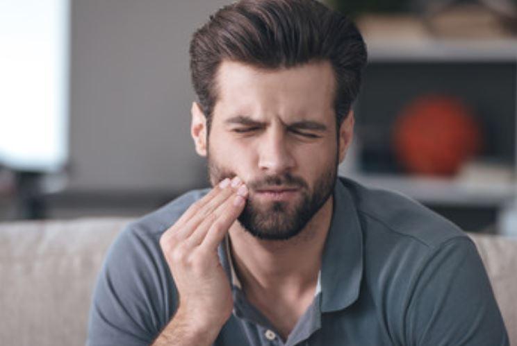 ¿Qué relación hay entre el dolor bucal y el dolor de cabeza?